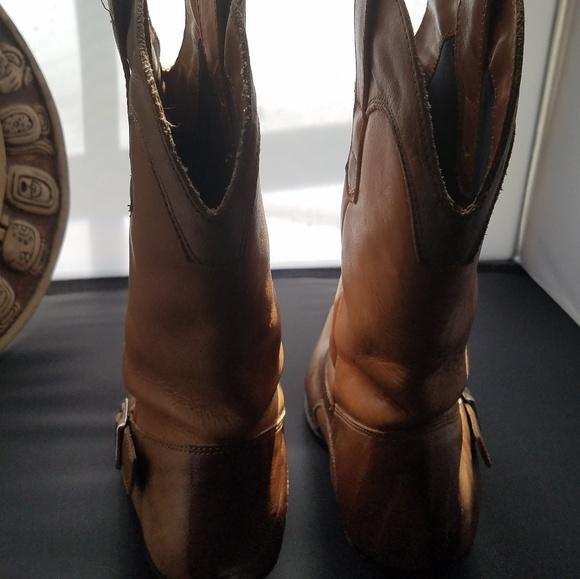 957b13eaaf916 Dingo Brand Men's Boot Pre-owned 7 1/2 D 2448